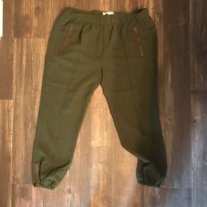 Joie Army green capri pant